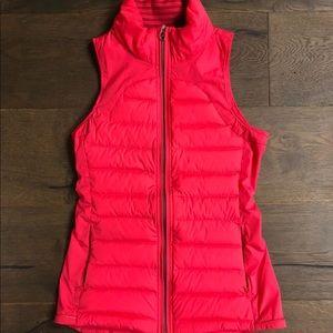 EUC Lululemon Fluffed Up Vest Size 4